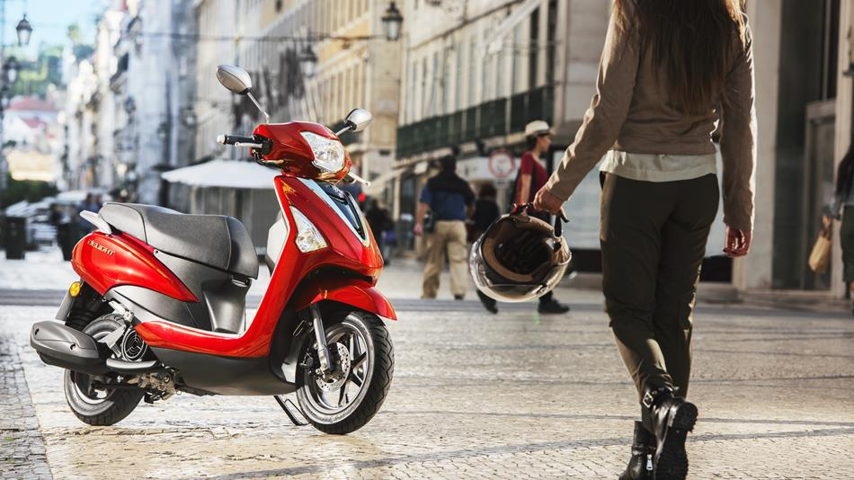 Yamaha Delight 2017 Red Scooter