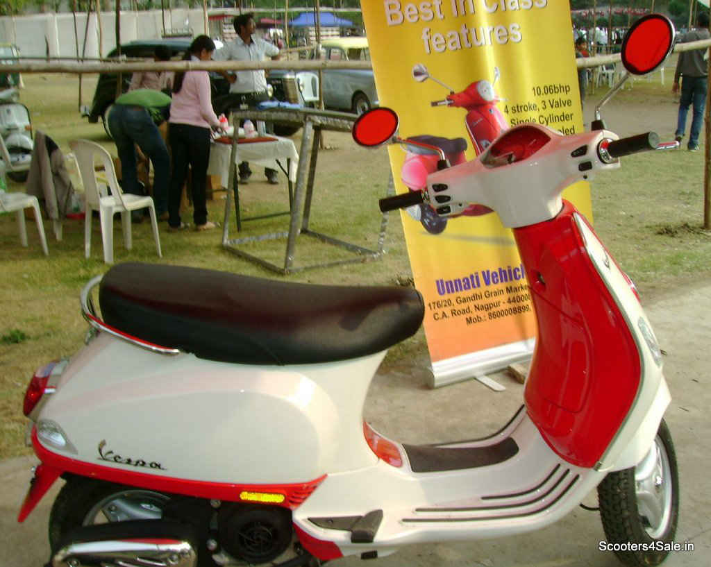 Vespa LX125 Now in Dual Tone Colors - Scooters4Sale